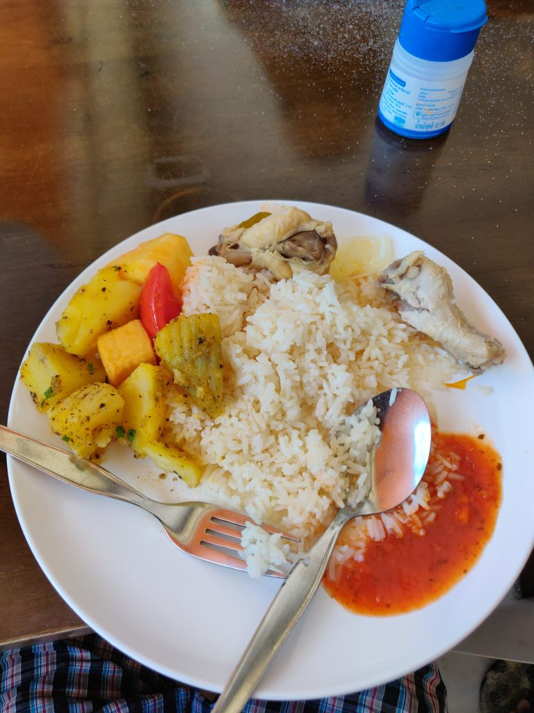 Buffet lunch at phi phi island